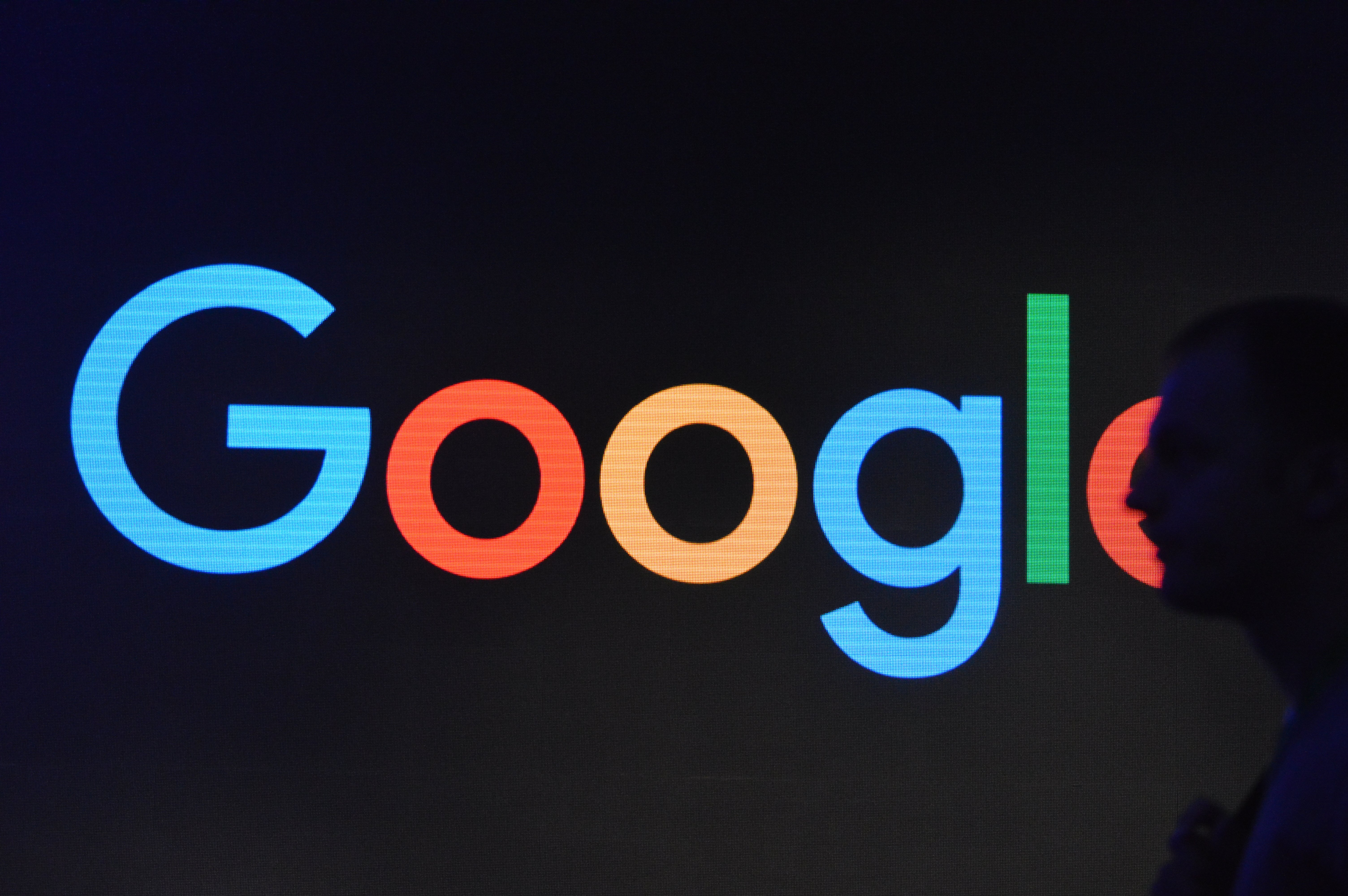 Google to purchase 413MW of solar power for new data centers