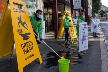 greenpeace green wash.jpg