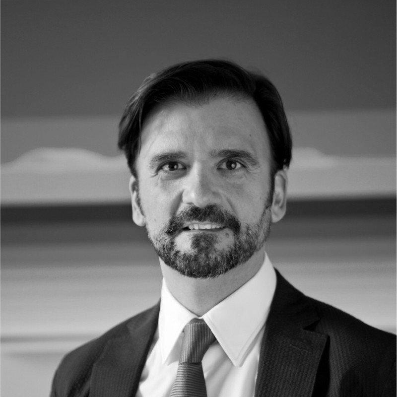 manuel-garcia-director-politica-y-minas-BYN.jpg