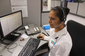 phone emergency police comms Pixabay ernestoeslava.jpg