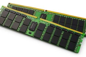 Rambus RDIMM and LRDIMM chipset