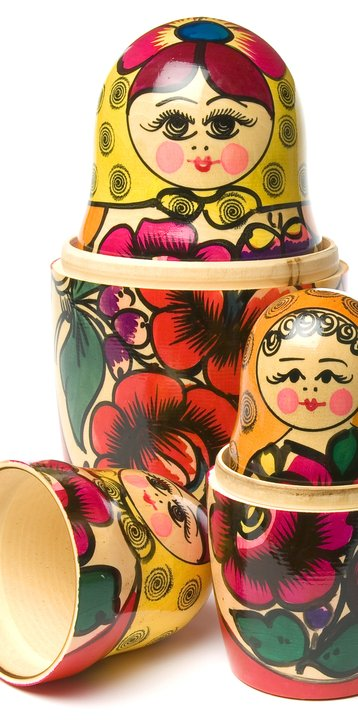 russian dolls group vertical