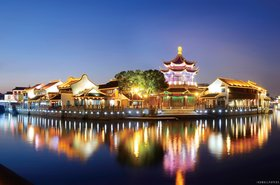 Suzhou garden at night